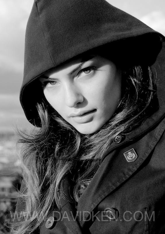 Alyssa Miller par David Ken